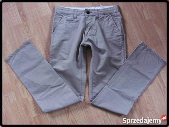 a966b50d27e6f Jakie spodnie dla mężczyzny na lato? Jak wybrać modne i wygodne ...
