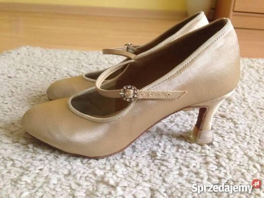 c4b2b485c6787 Taniec - jaką odzież i buty do tańca wybrać ? Cz. I - Sprzedajemy.pl