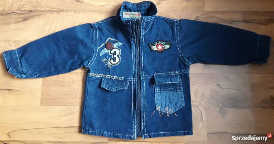 Niebieska kurtka jeansowa dla dziecka