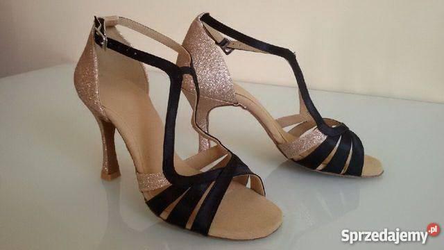 4d42fb2ae03e9 Taniec - jaką odzież i buty do tańca wybrać ? Cz. I - Sprzedajemy.pl