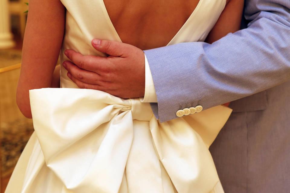 Ślubna garderoba - jak przygotować ślubną garderobę i dodatki? Co wybrać?