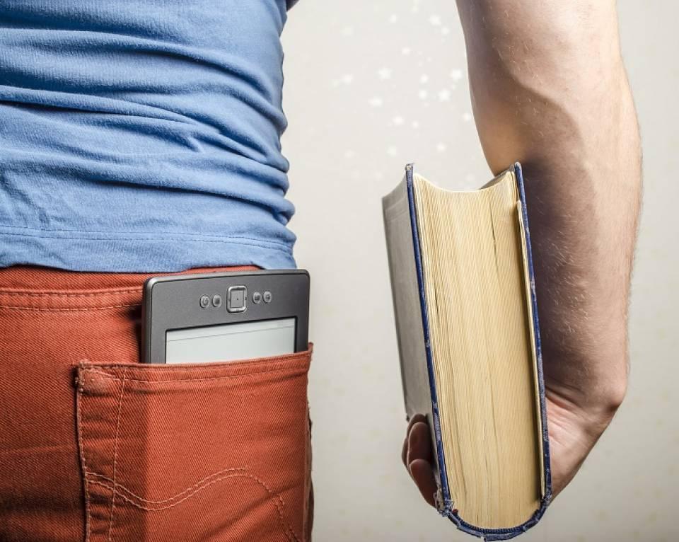 Jaki czytnik e-booków wybrać - jaka przekątna, jaka pojemność?