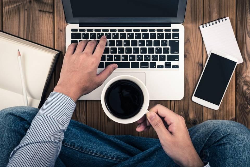 Notebook, a netbook - różnice, wady i zalety