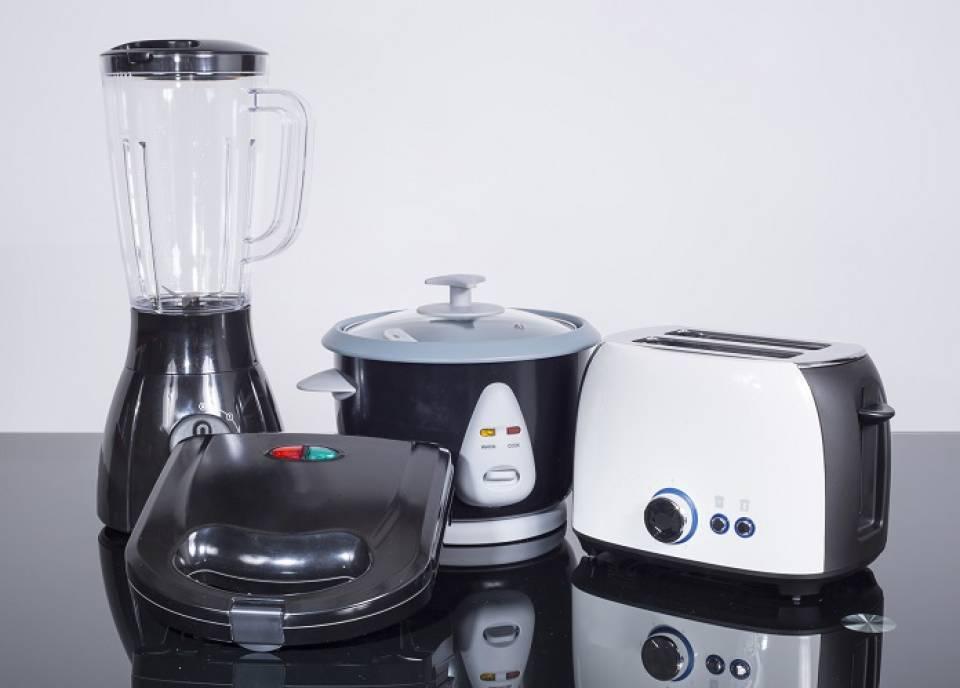 Jak przygotowywać zdrowe posiłki - jakie sprzęty AGD warto kupić?