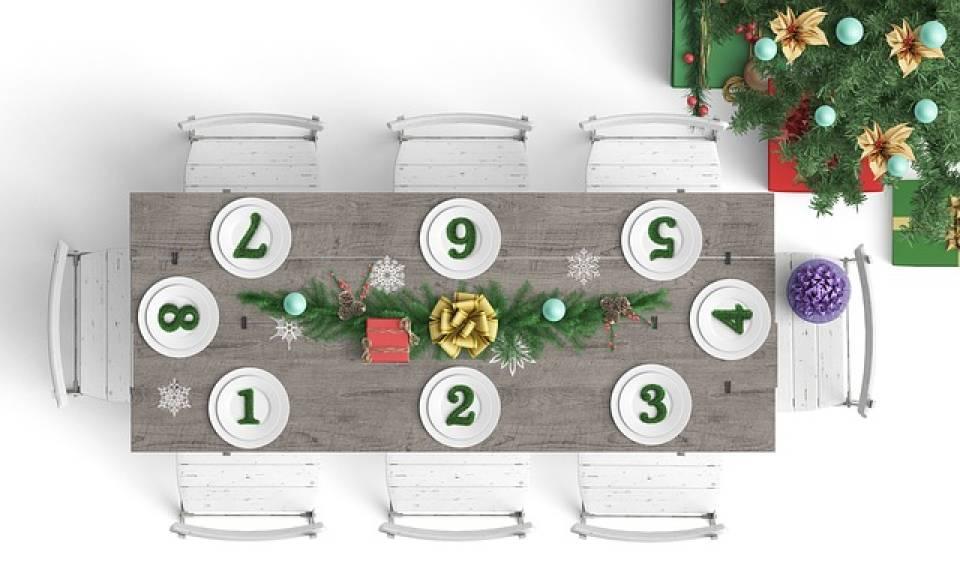Jak udekorować stół wigilijny na Boże Narodzenie?