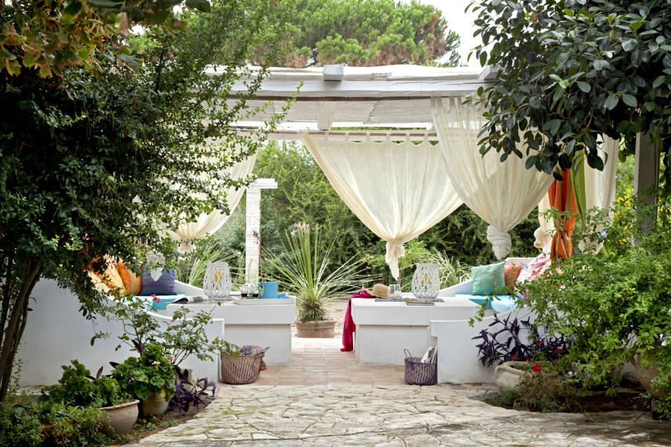 Pawilony i namioty ogrodowe- jak wybrać najlepsze?