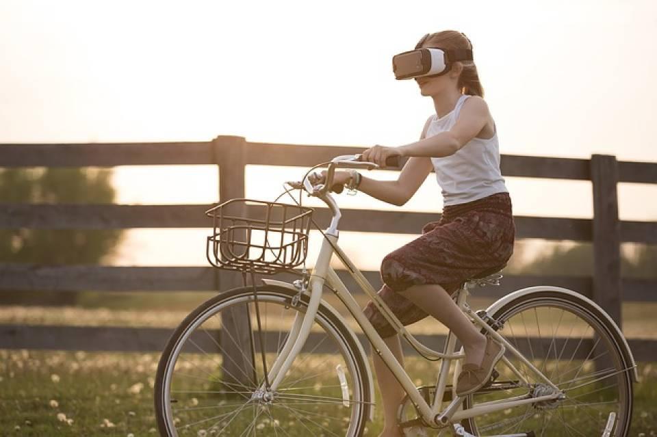 Okulary VR - jak dziają, jak kupować, polecane modele