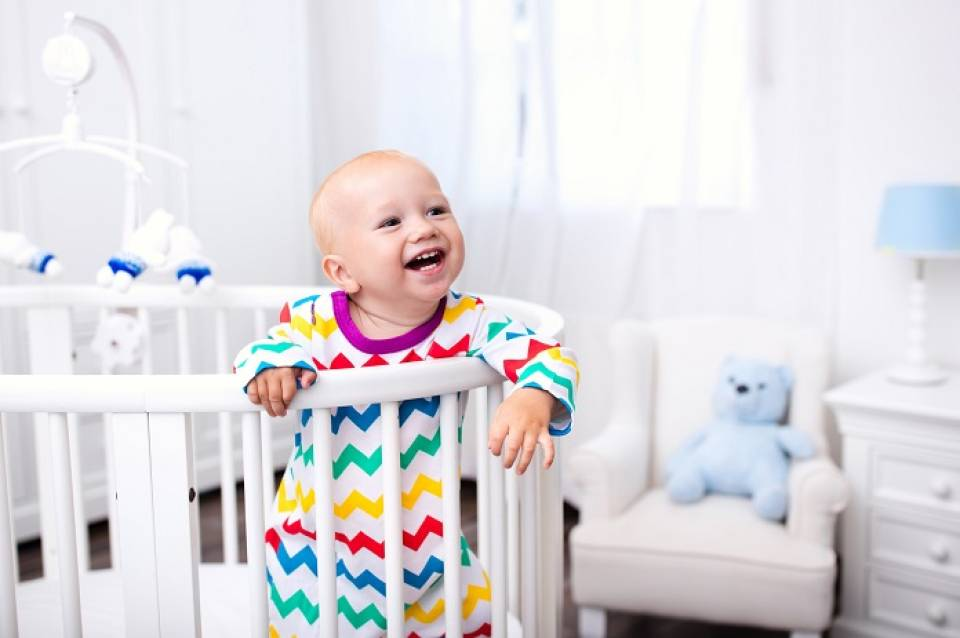 Jak wybrać łóżko dla dziecka? Kupujemy łóżko dla dzieci w różnym wieku