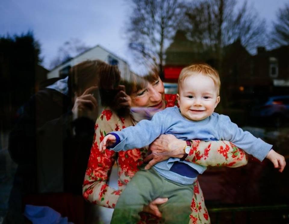 Jaka powinna być dobra niania? Jak wybrać i zatrudnić opiekunkę do dziecka?
