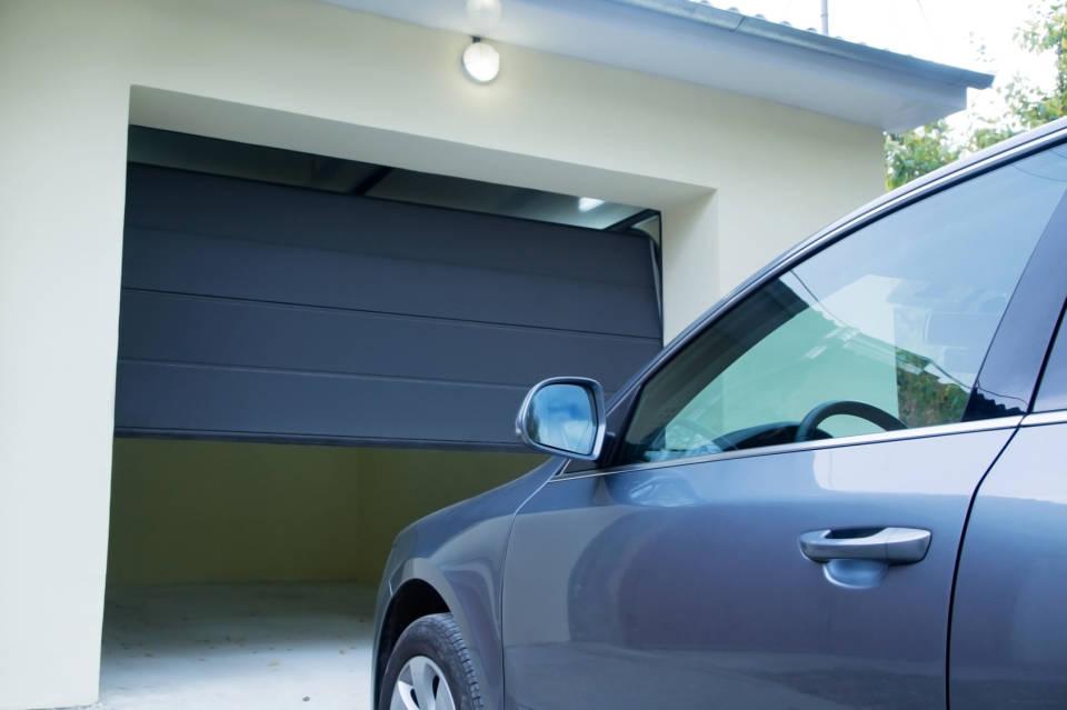 Jaki wybierać garaże i miejsca postojowe? Jaki powinien być dobry garaż?