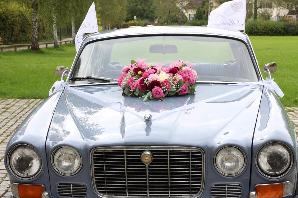 Samochód do  ślubu - jaki wybrać, jak ozdobić? Na co zwrócić uwagę przy wyborze firmowej oferty wypożyczenia samochodu do ślubu?
