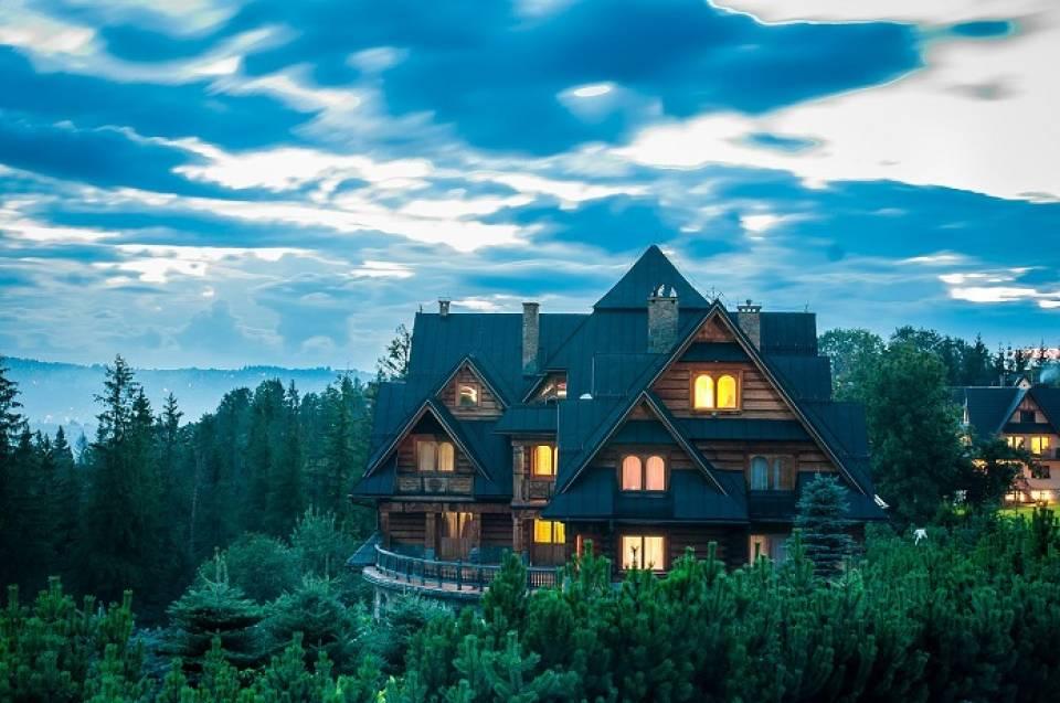 Czym kierować się wybierając nocleg w górach?