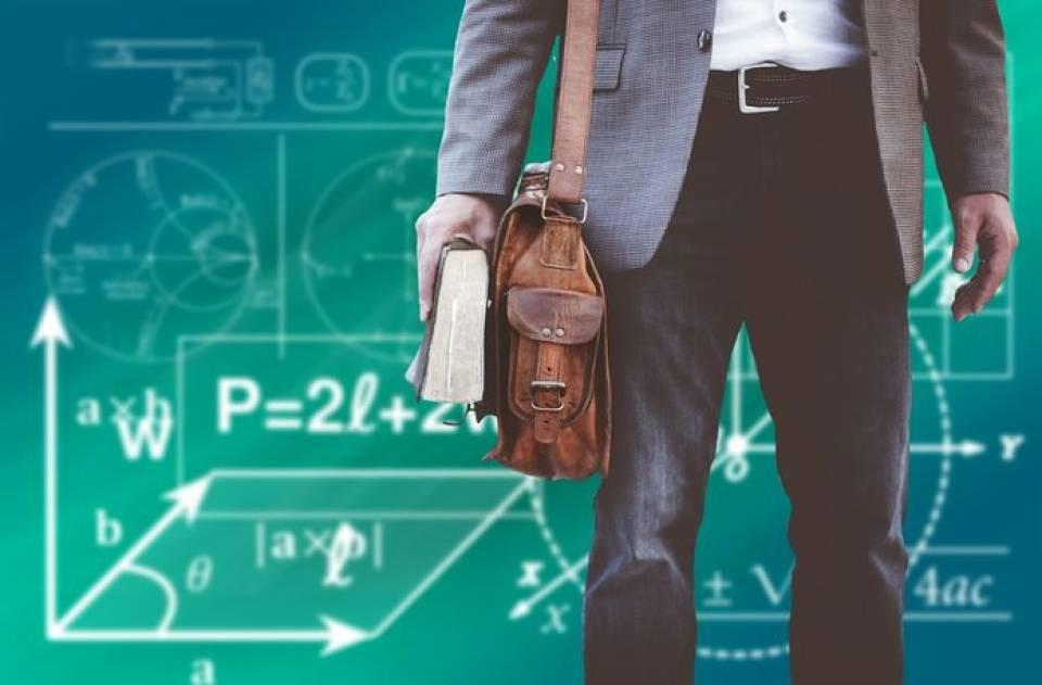 Jak znaleźć dobrego korepetytora? Gdzie szukać i ile kosztują korepetycje?