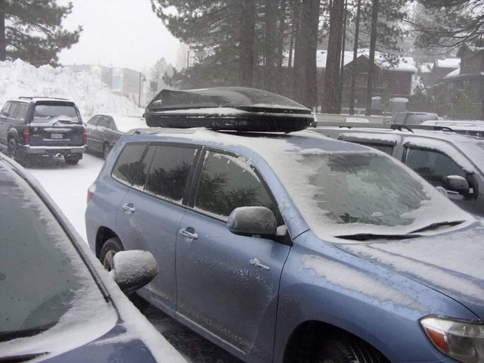 Jak wybrać bagażnik dachowy do auta? Jaki box na dach samochodu?