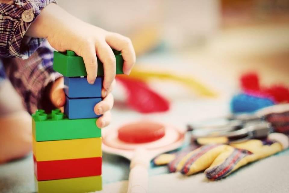 Kreatywne zabawki dla dzieci - 5 najlepszych zabawek rozwijających dla malucha