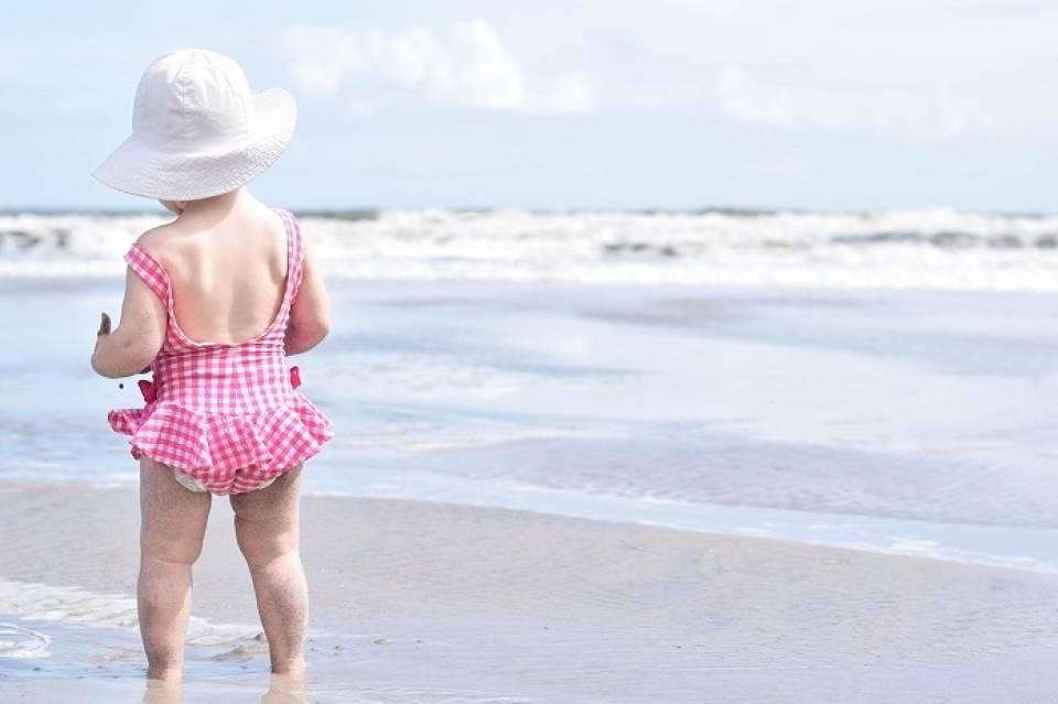 Jak przygotować się do długiej podróży z małym dzieckiem? Co warto ze sobą zabrać?