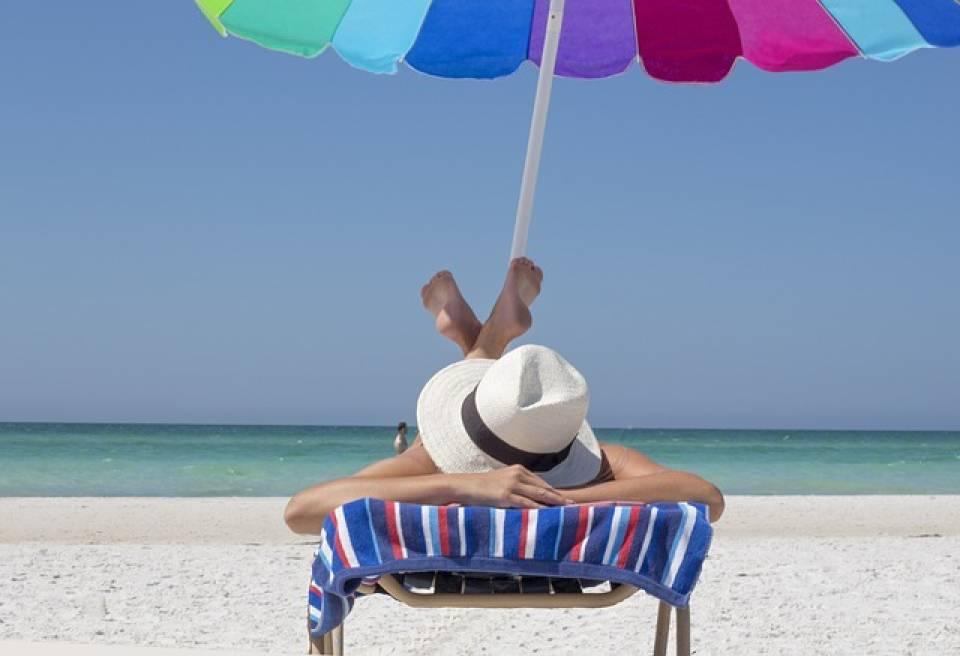 Jak dbać  o skórę latem? 5 sposobów na pielęgnację skóry w wakacje
