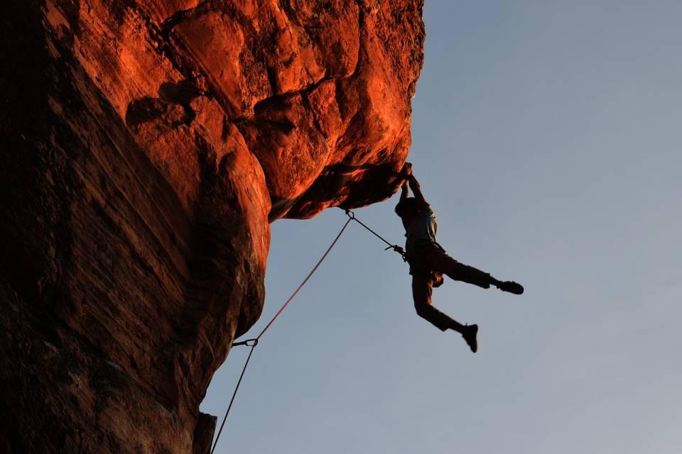 Kupujemy sprzęt do wspinaczki - co trzeba mieć, by się wspinać?