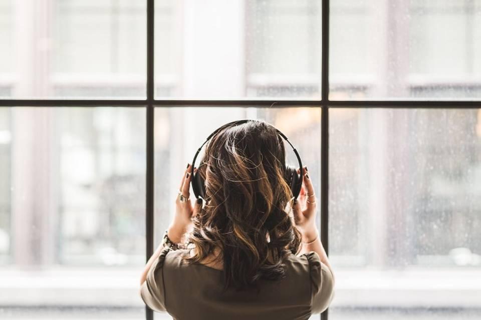 4 płyty z nastrojową muzyką na jesienne wieczory