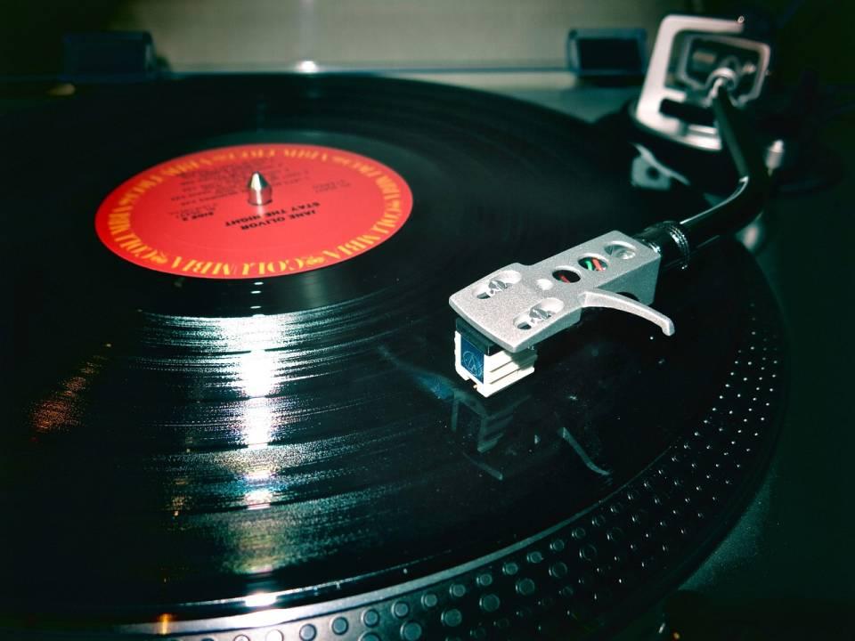 Jak kupować gramofon i płyty winylowe?