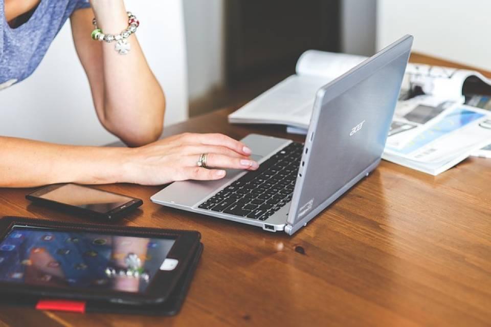 Biznesowe laptopy Acer – jaki model laptopa wybrać do pracy?