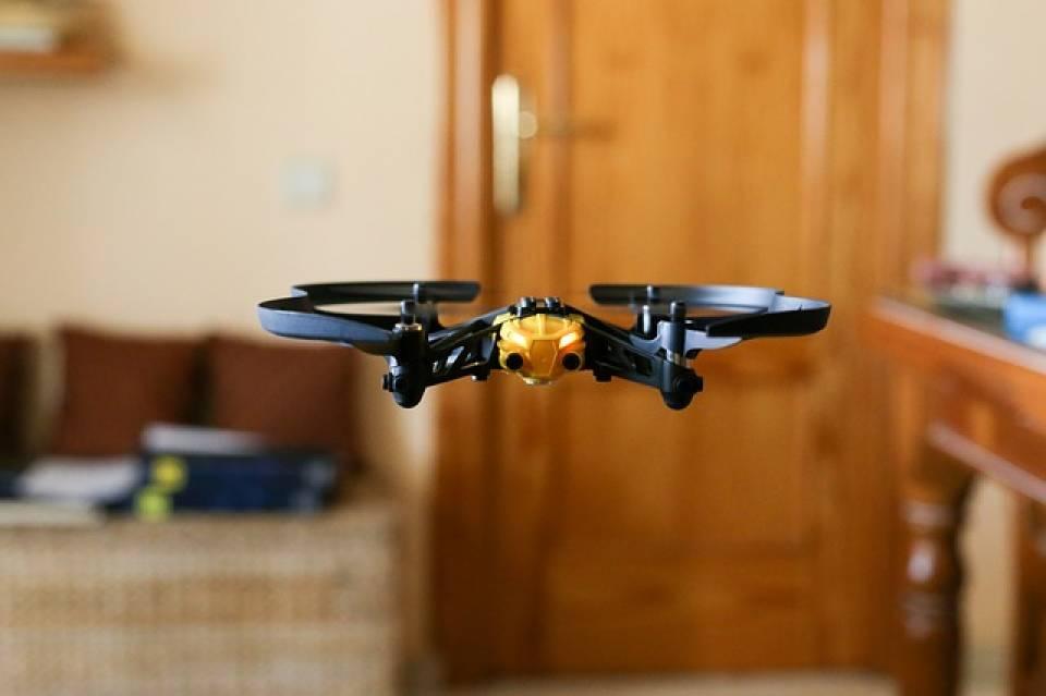 Jaki dron wybrać? Przegląd modeli do 500 zł
