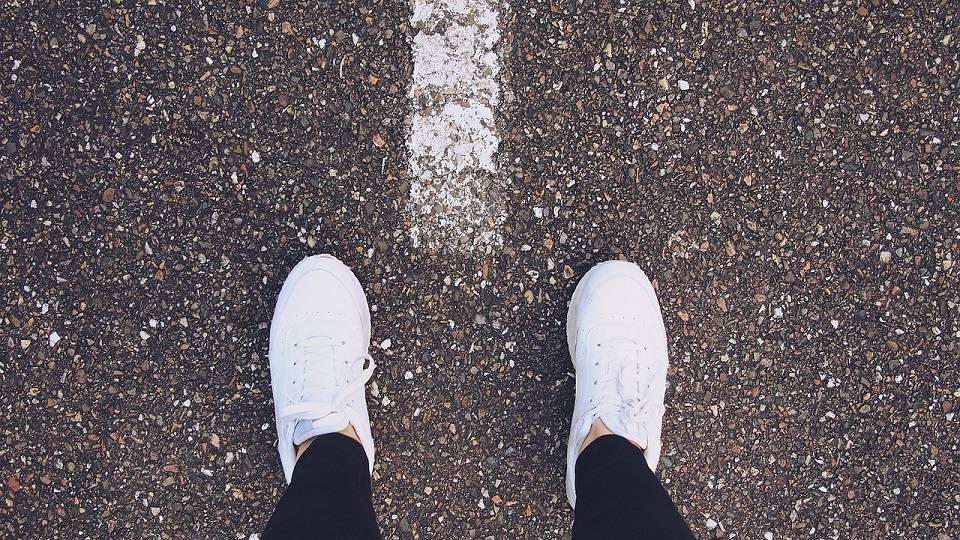 TOP 5 butów sportowych dla kobiet. Najczęściej wybierane modele damskich sneakersów