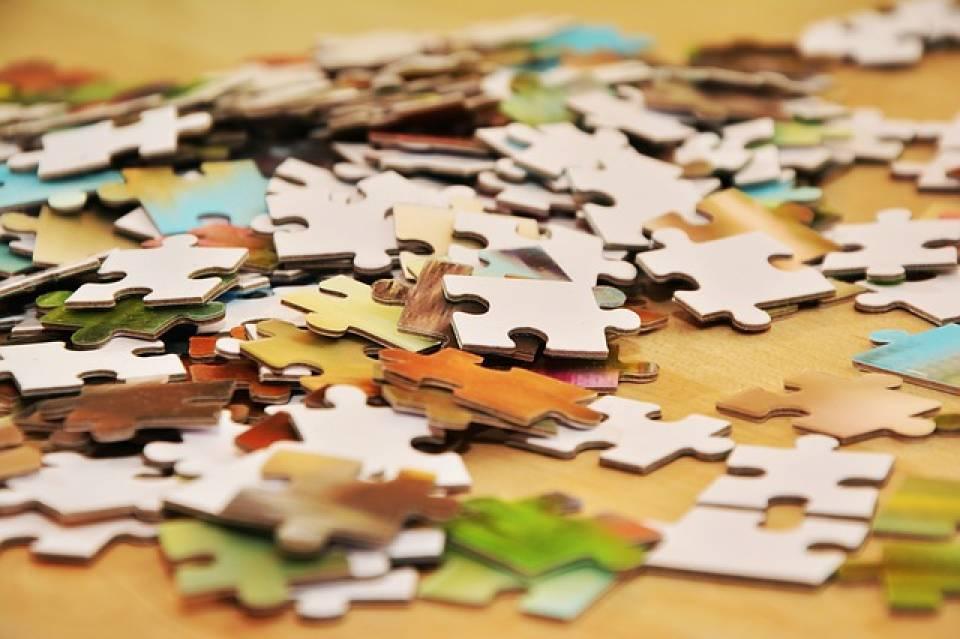 Dlaczego warto układać puzzle? Jakie wybrać puzzle dla dzieci w różnym wieku?