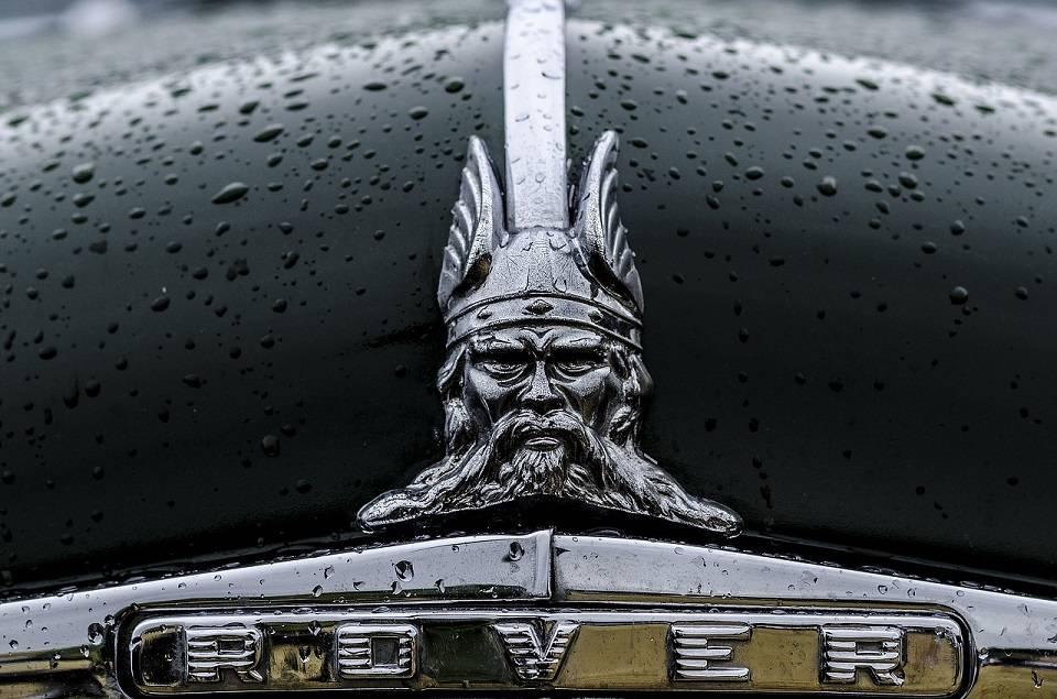 Czym wyróżniają się samochody Rover? Historia marki i popularne modele aut osobowych Rover