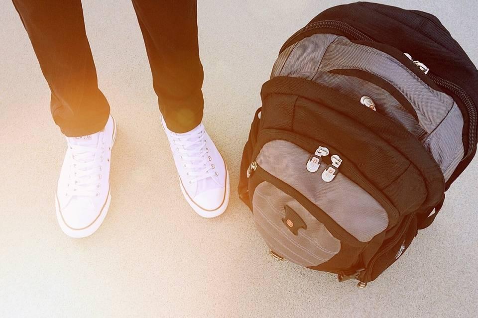 Torba sportowa czy plecak? W co spakować się na siłownię i fitness?