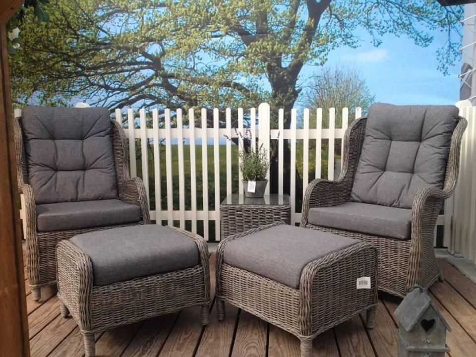 Fotele, siedziska, ławy – co wybrać na taras lub do ogrodu?
