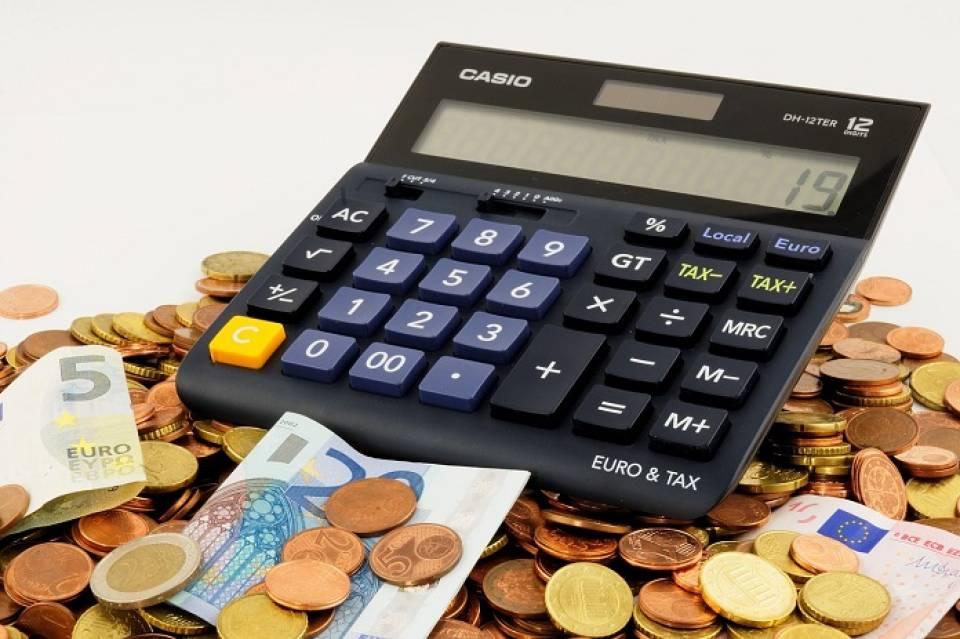 Praca dla księgowej – w biurze rachunkowym, w firmie, a może samodzielnie?
