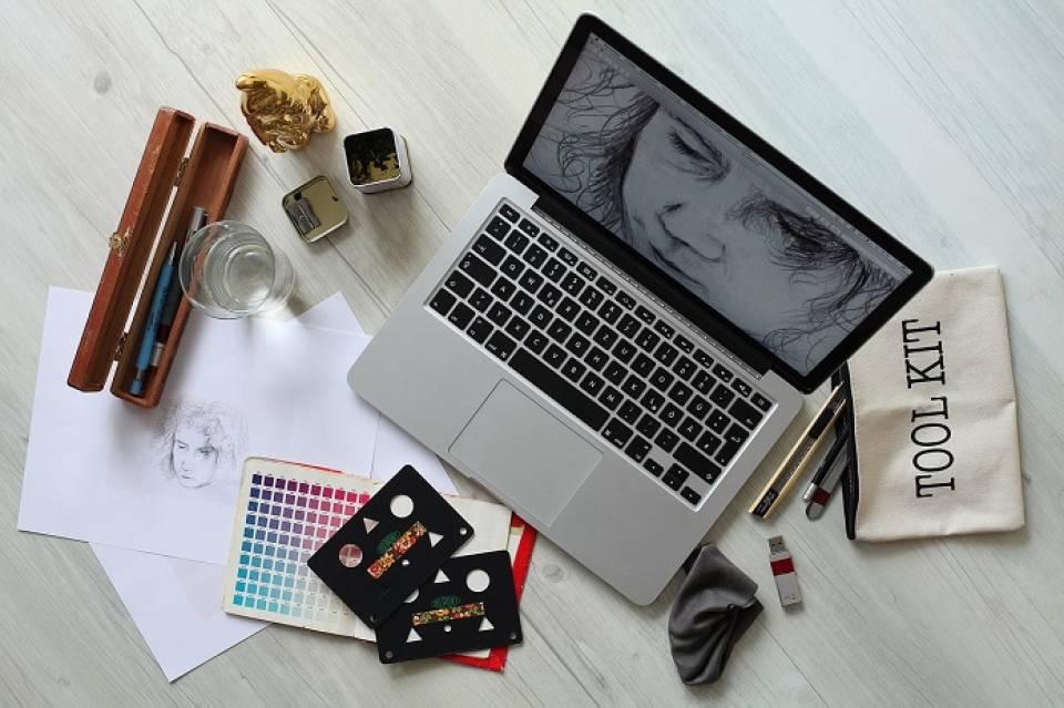 Gdzie może pracować grafik? Agencje reklamy, wydawnictwa, sklepy internetowe, gdzie jeszcze?