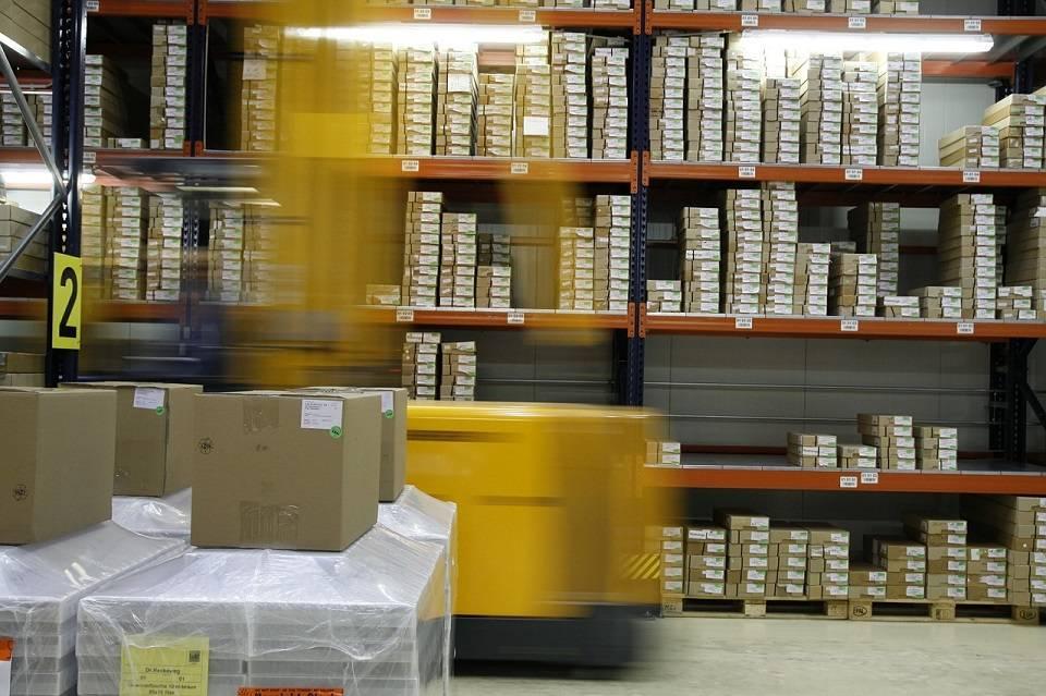 Jak zostać logistykiem? Gdzie szukać pierwszej pracy jako logistyk?