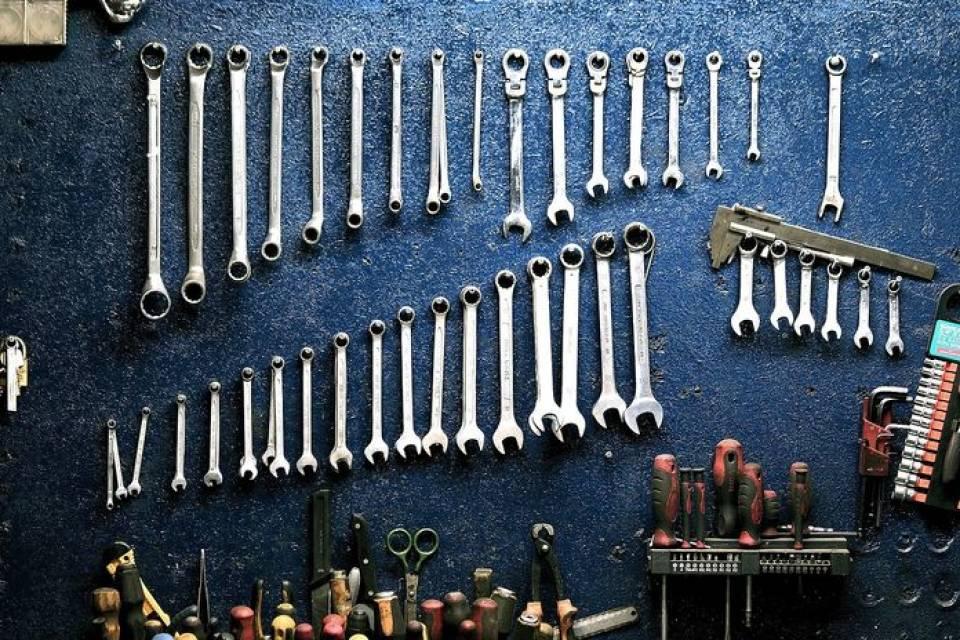 Jak znaleźć dobry warsztat samochodowy? Na co uważać szukając mechanika samochodowego?
