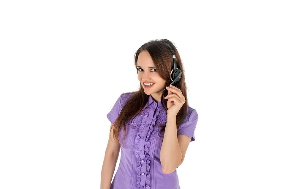 Praca w call center – kto się sprawdzi? Ile można zarobić pracując w call center?