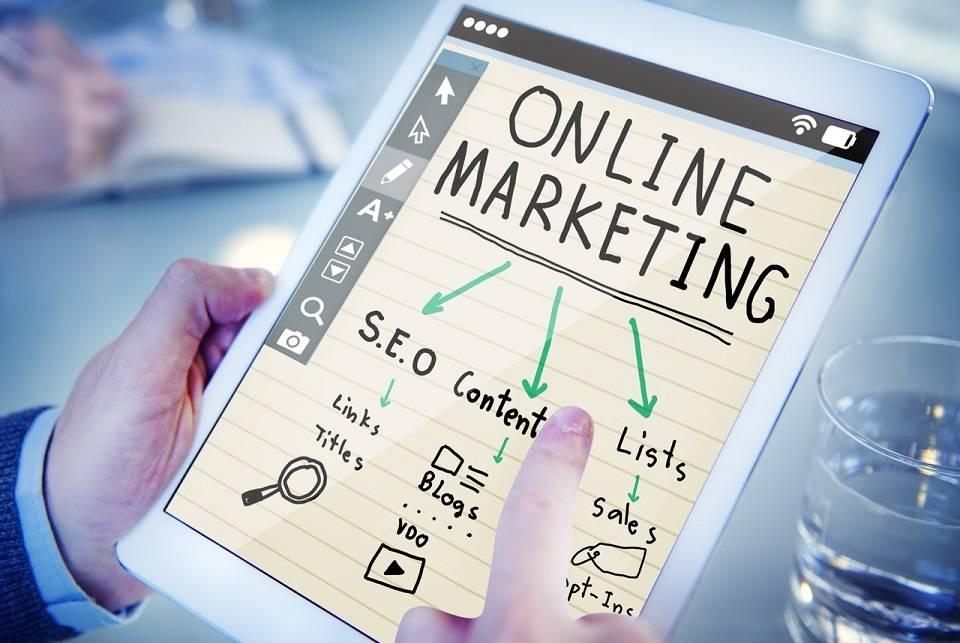 Jak wypromować własny biznes? Najpopularniejsze usługi reklamowe dla firm