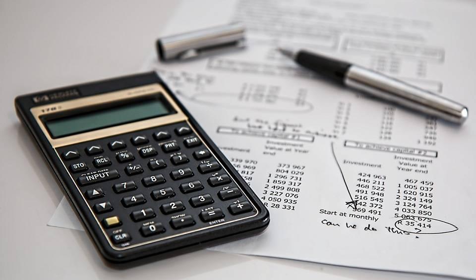 Księgowość, ubezpieczenia, dotacje – z jakich usług finansowych najczęściej korzystają firmy?