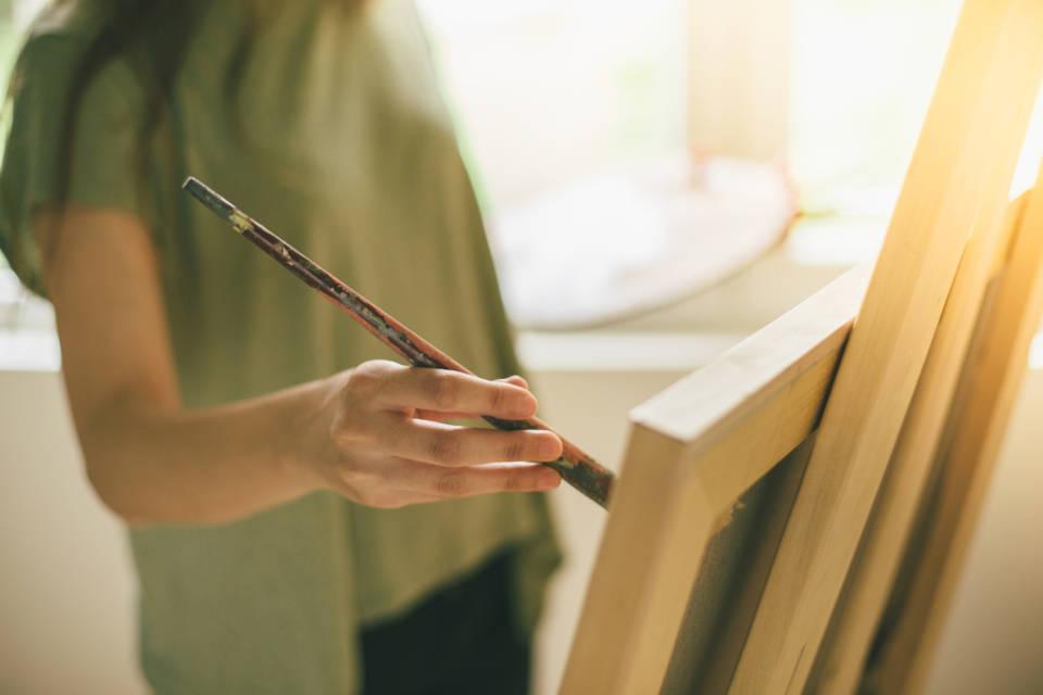 Jak kupować dzieła sztuki współczesnej?