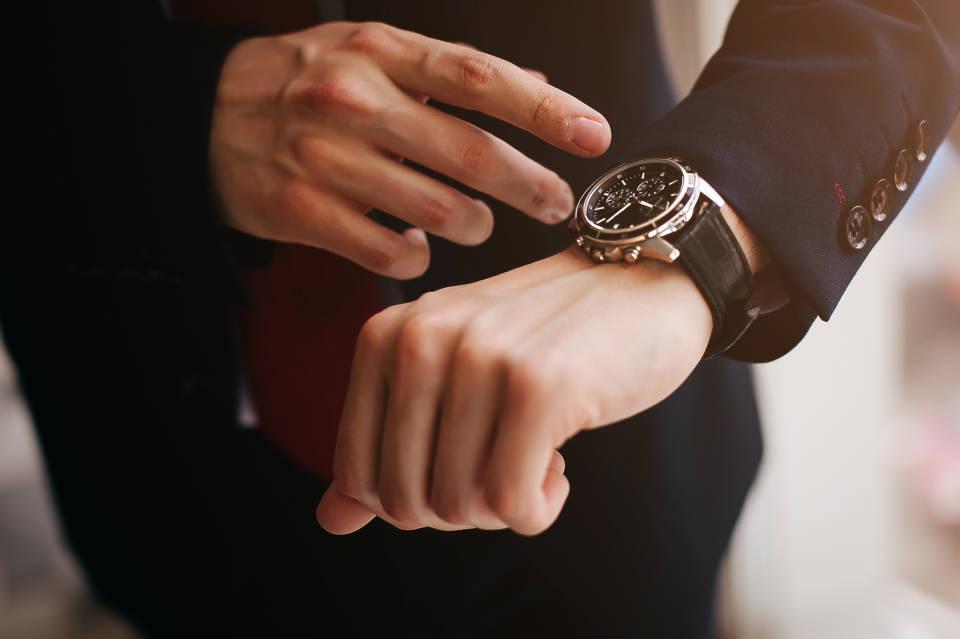 Jak wybrać zegarek? Kwarcowy, mechaniczny czy elektroniczny?