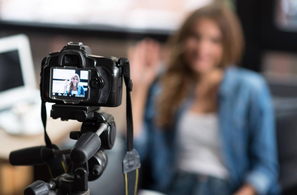 Kupujemy kamerę - jaki wybrać sprzęt wideo?