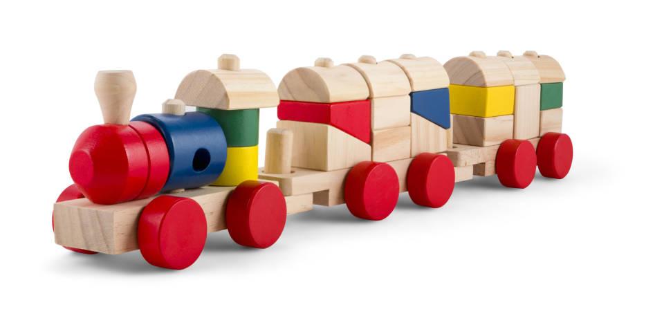 Zabawki Montessori - jakie zabawki najlepsze dla dzieci w różnym wieku?