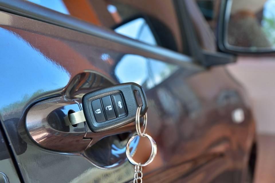 Jak uniknąć kradzieży samochodu?