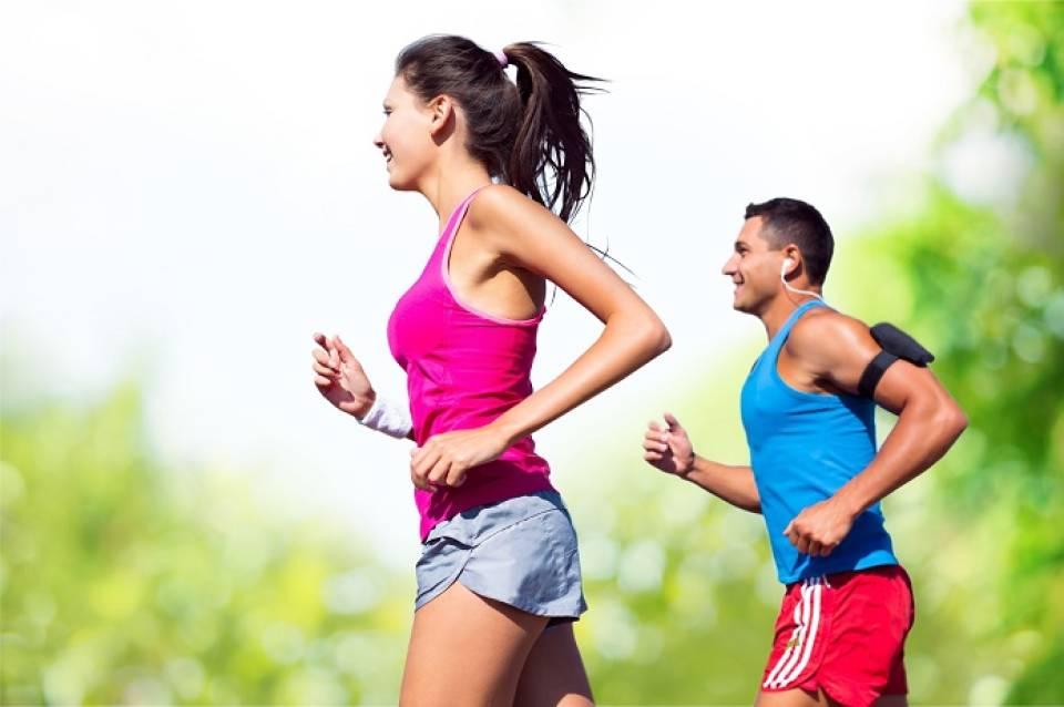 Co dla biegacza? 8 najlepszych gadżetów dla biegacza
