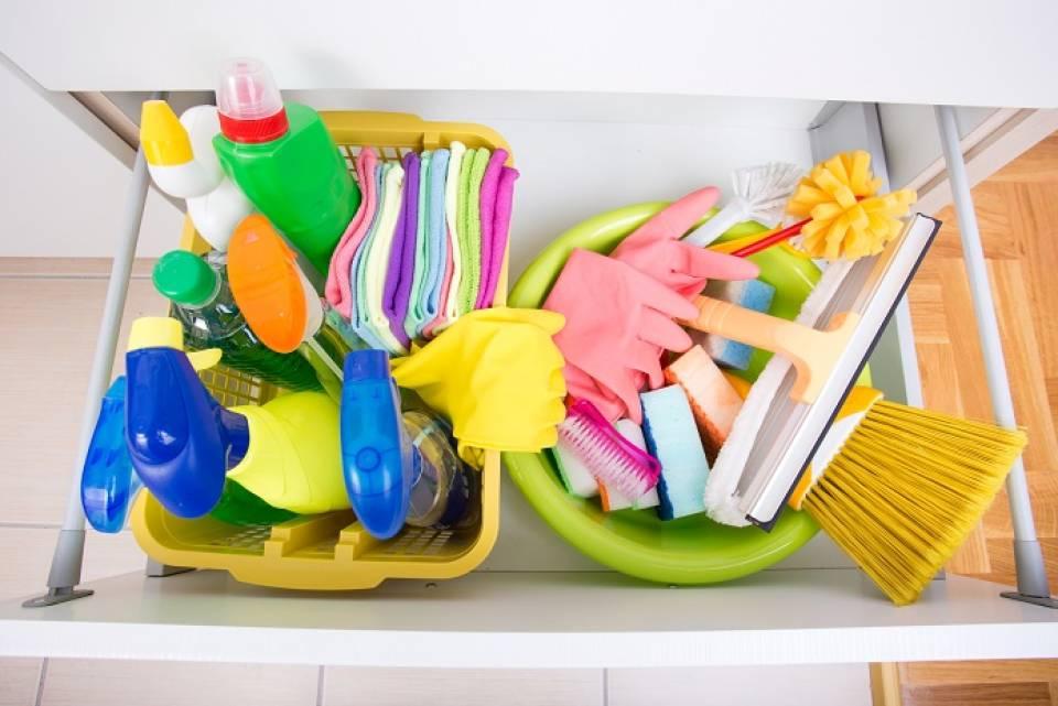 Jak utrzymać porządek w domu? Jak przechowywać rzeczy, jak sprzątać dom?